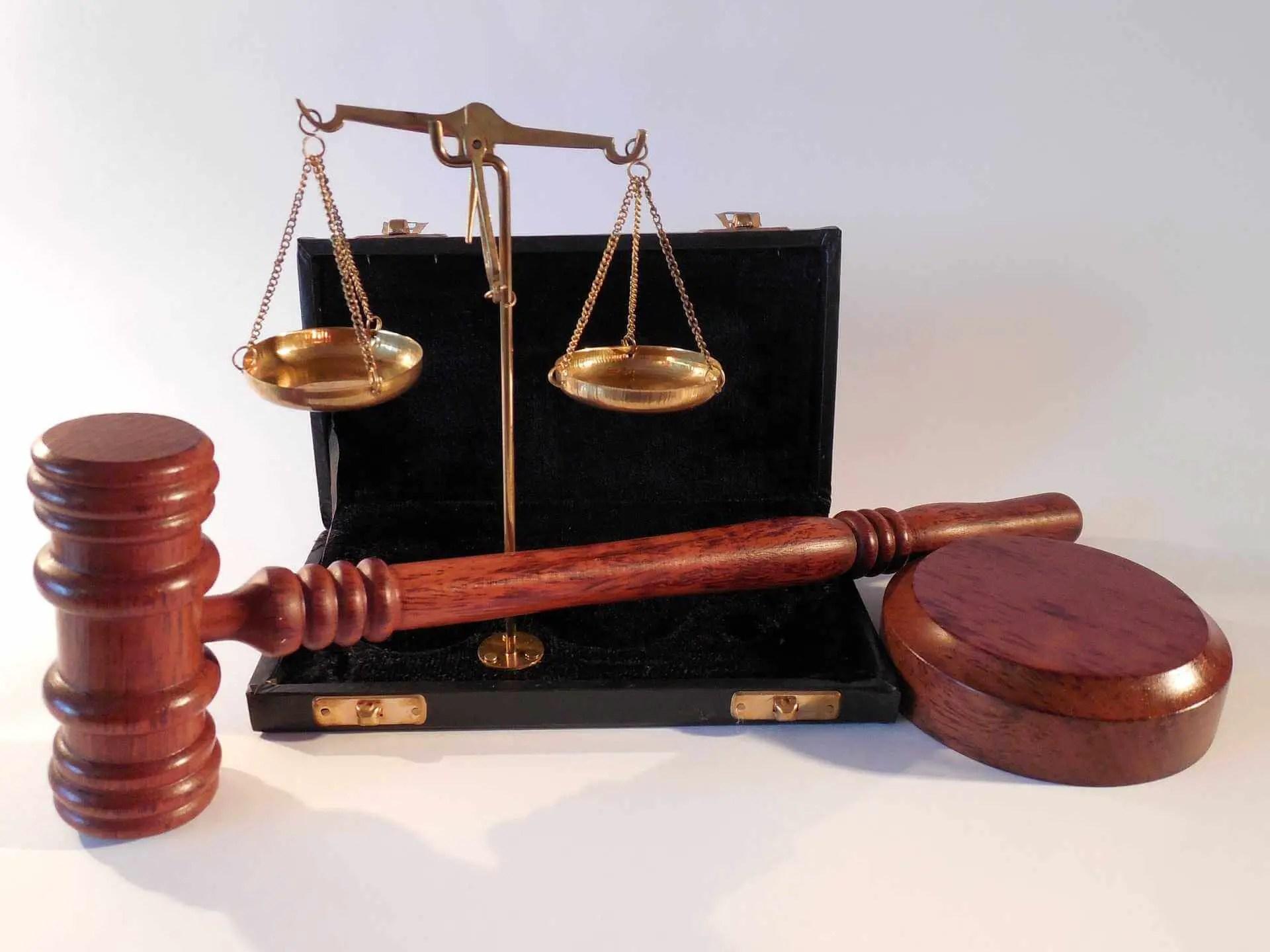 Symbolbild Gerichtsurteil
