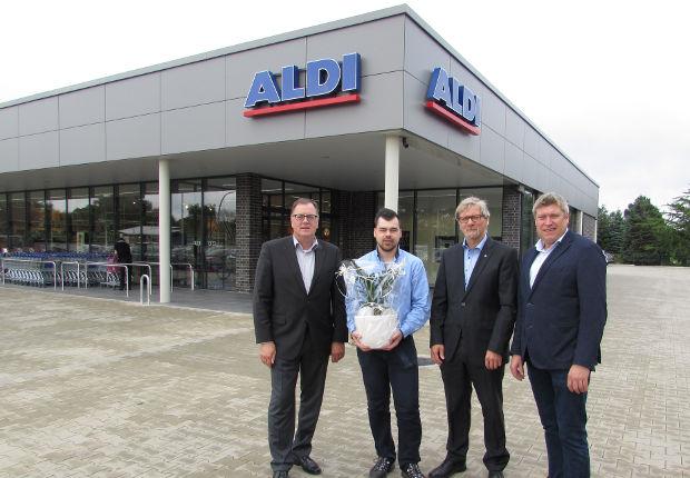 Mit einer Gesamtfläche von rund 1.200 Quadratmetern präsentiert sich der neue Aldi-Markt