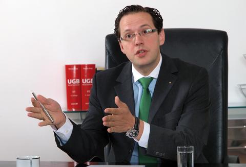 Dr. Alexander Mirtl ist  Rechtsanwalt und Partner bei HASCH & PARTNER Anwaltsgesellschaft mbH