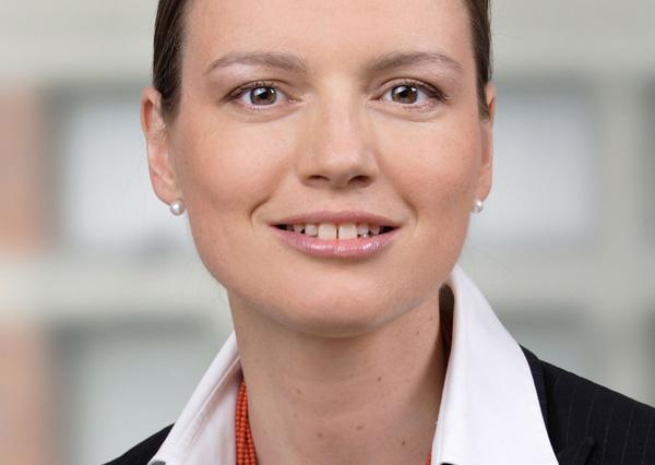 Jasna Zwitter Tehovnik, Partnerin in der Finance Gruppe im Wiener Büro von DLA Piper