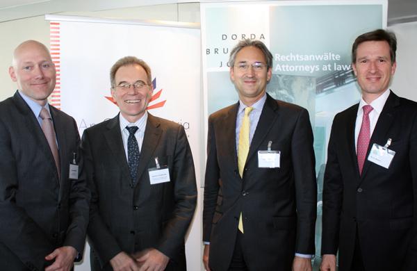 James Bangert (US-Botschaft), Manfred Schekulin (Wirtschaftsministerium), August Reinisch (Uni Wien) und Martin Brodey (DORDA BRUGGER JORDIS)