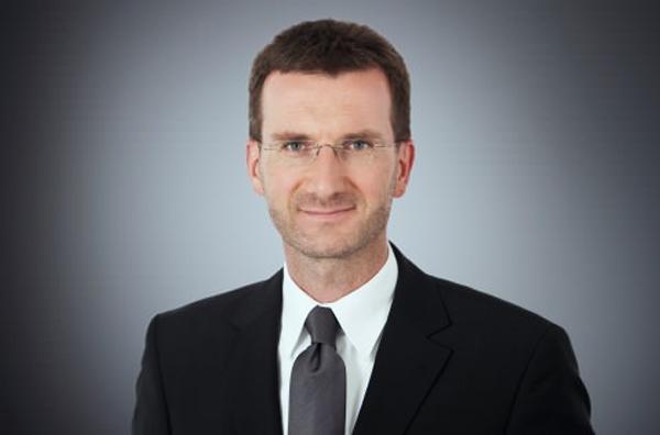 Dr. Alexander Wöß