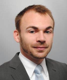 Mitautor Mag. Martin Knoll, LL.M. ist Datenschutzjurist bei einem österreichischen Kreditinstitut.