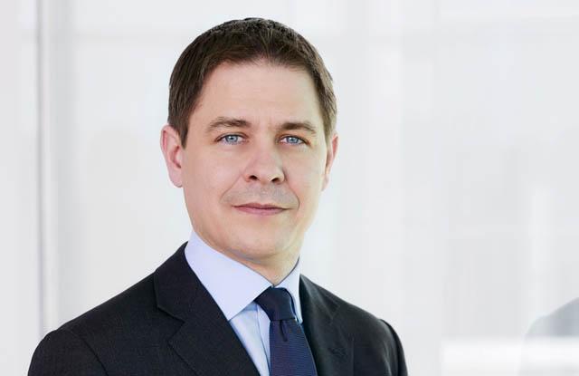 Christoph Nauer ist Co-Managing Partner und spezialisiert auf Corporate/M&A (speziell bei börsennotierten Gesellschaften), Verschmelzungen/Spin-offs, Übernahmesituationen und Kapitalmarkttransaktionen (ECM Equity, Equity-linked) sowie Banken- und Finanzmarktregulierung.
