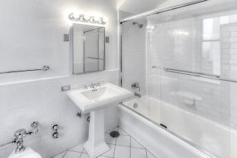 19A-Bath-rm-5