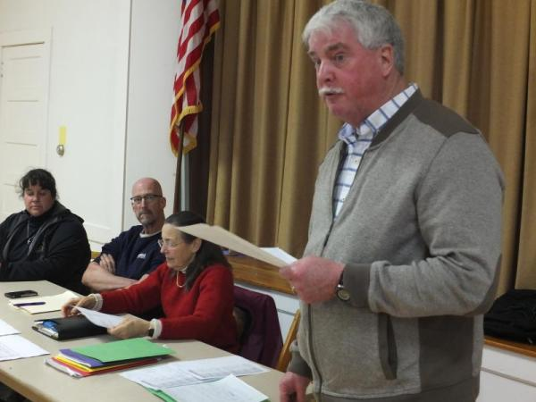 Committee leads discussion on proposed Edgecomb budget ...