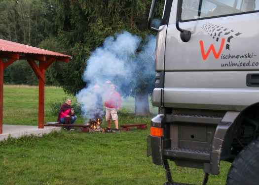 """<span  class=""""uc_style_uc_tiles_grid_image_elementor_uc_items_attribute_title"""" style=""""color:#ffffff;"""">campsite fire with the Brits ...smoky evening</span>"""