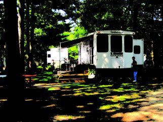 3 camper in trees