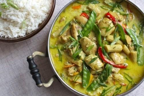 Slow Cooker Chicken and Veggies/Pinterest
