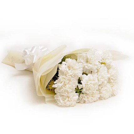 Chance – 10 White Carnations
