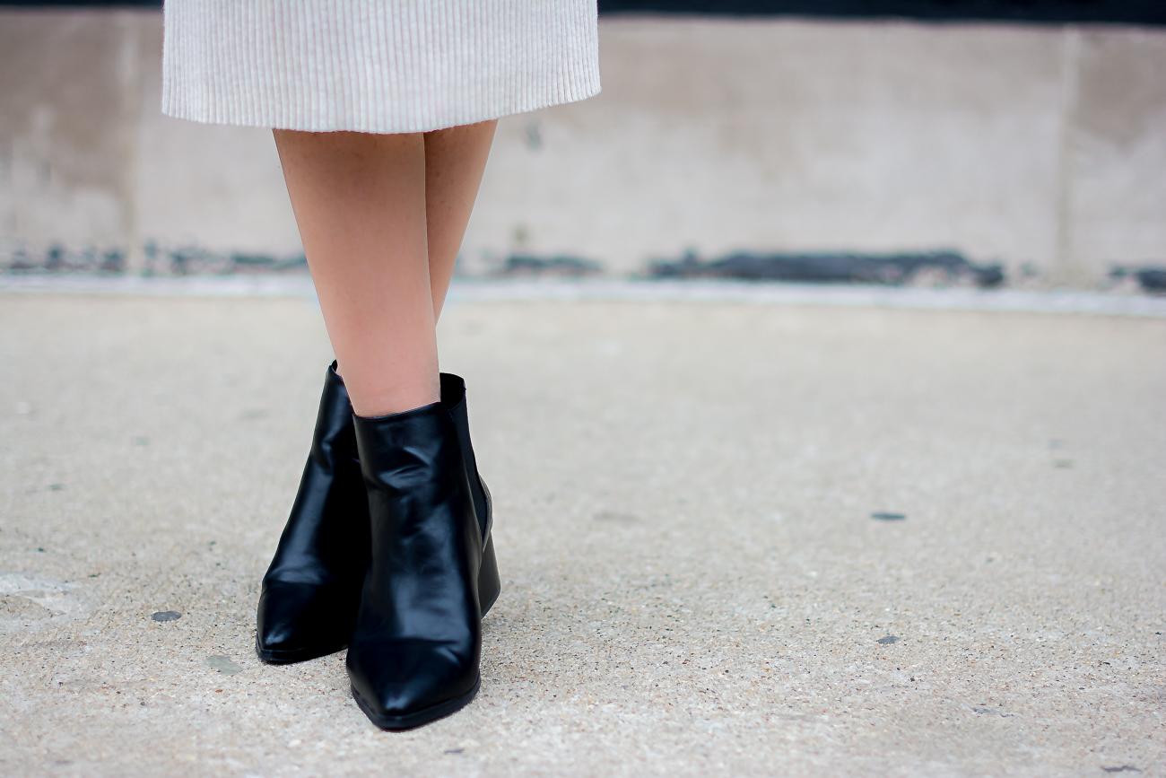 black pointed ankle booties, black chelsea booties, justfab booties