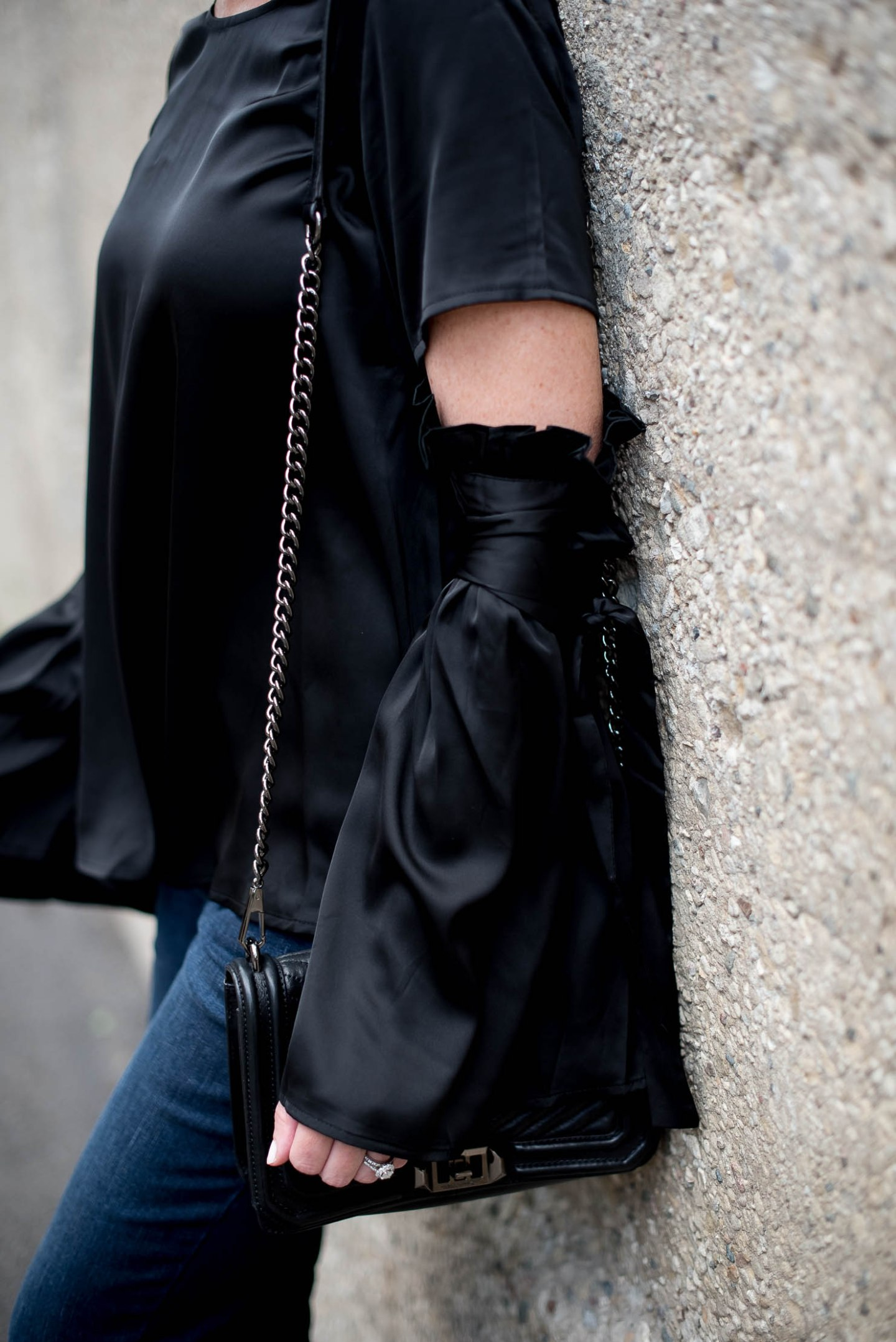 shein-blck-satin-bell-sleeve-blouse-with-ribbobs-dark-wash-flared-jeans-fall-trends-2016-monochromatic-fashion-look-for-less