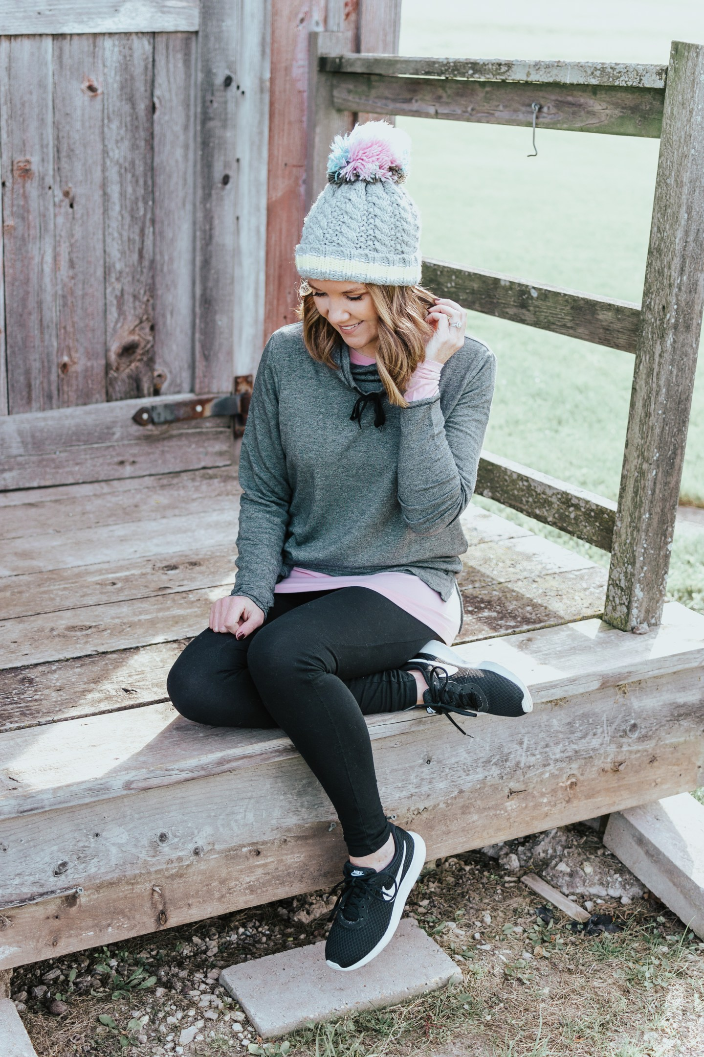 Functional and Stylish layering pieces, Cuddl Duds at Kohls, warm and stylish layering pieces for every occassion, how to style leggings for comfort, athleisure