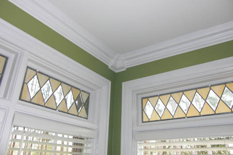 AB108 Crown Molding
