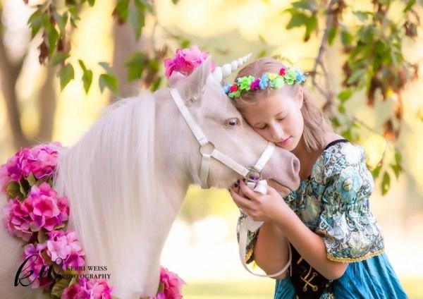 Soul Harbour Ranch / Kerri Weiss Photography Unicorn Photo Shoot