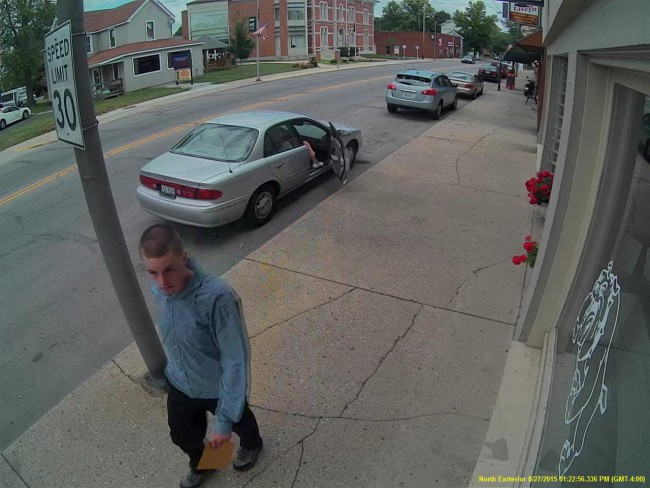 Centerville bank robbery suspect_252929