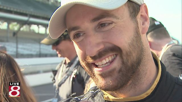 James Hinchcliffe pole win_428901