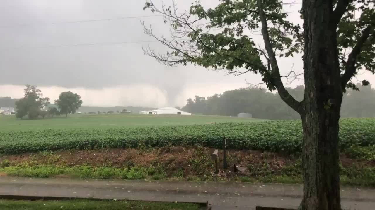 Tornado_near_New_Middletown__Indiana_0_20180720191142