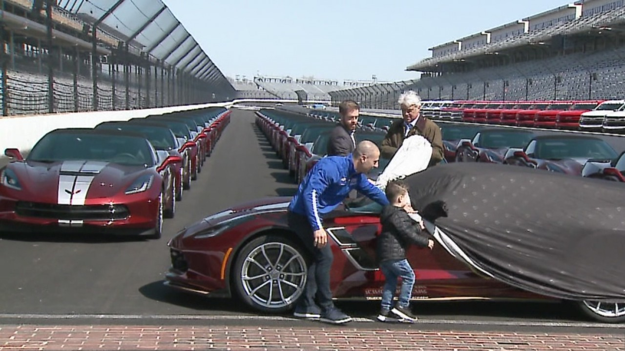 Indy 500 pace car unveiled