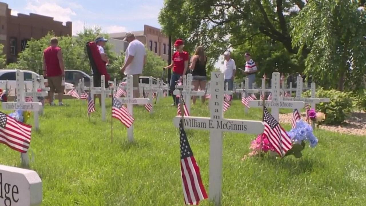 Hoosiers remember fallen service members on Memorial Day