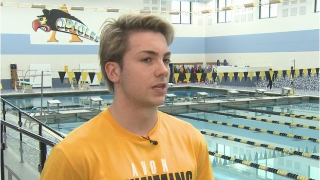 Avon swimmer races against pain in hopes of college scholarship