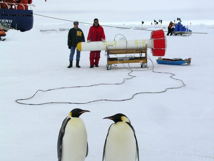 Polar- und Meeresforschung (Bild © Chris John)