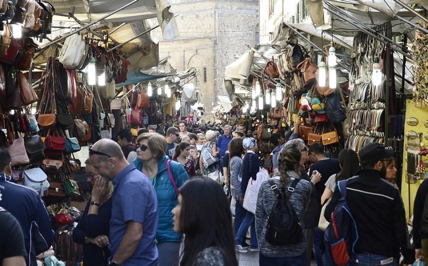 What San Lorenzo street market hides