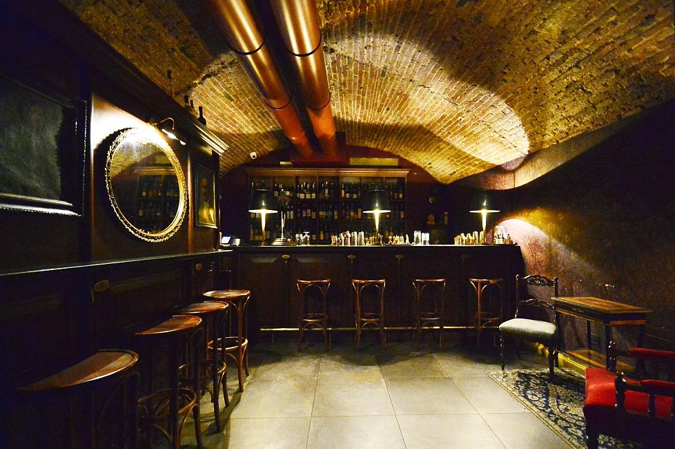 Rasputin, a secret bar in Florence