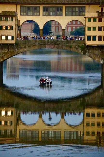 """I renaioli"" of Florence: sailing the Arno on a traditional boat"