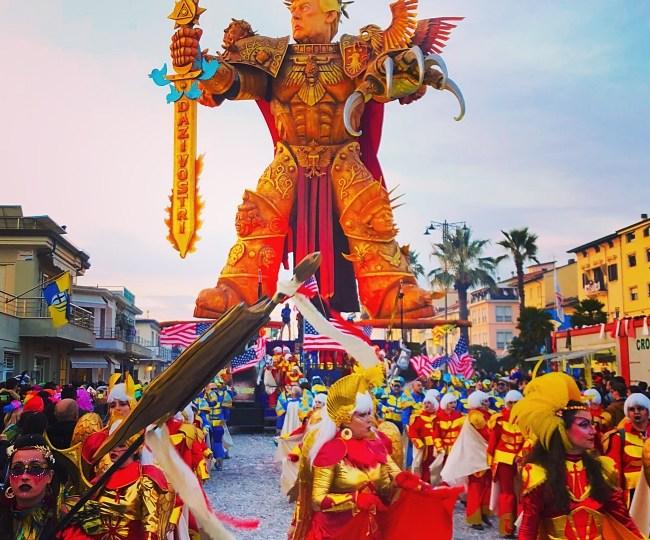 Carnival of Viareggio, magic and fantasy on the Tuscan coast