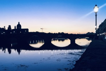 'Flight mode' in Florence: sex dating apps, endless queues at Uffizi, panino at Antico Vinaio and some tacky souvenirs