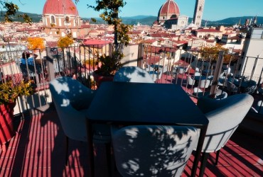 B-Roof, the rooftop bar of Grand Hotel Baglioni in Florence