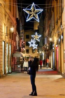 Streets of Florence at Christmas time - via dei Tavolini