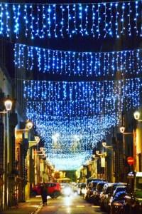 Streets of Florence at Christmas time - via Maggio