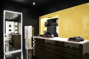 Gianfranco Lotti flagship store in Florence, Via de' Tornabuoni 59R