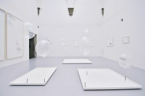 Tomás Saraceno | Aria | Palazzo Strozzi | Florence | until July 19