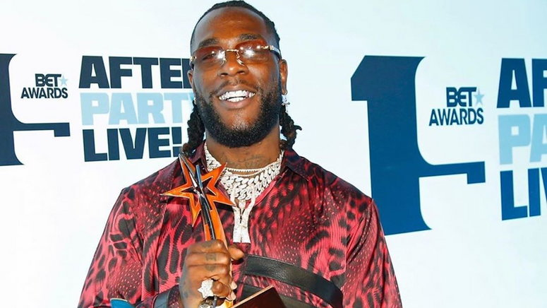 'This is a ridiculous show of shame' - Nigerians react after what Burna Boy did in Lagos