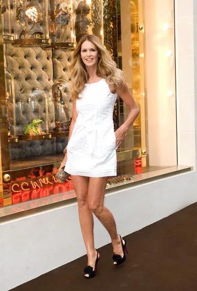 The Chic street style of Elle Macpherson