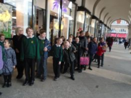 Year 4, 5 and 6 Royal Opera House and Greenwich Park Trip[5]
