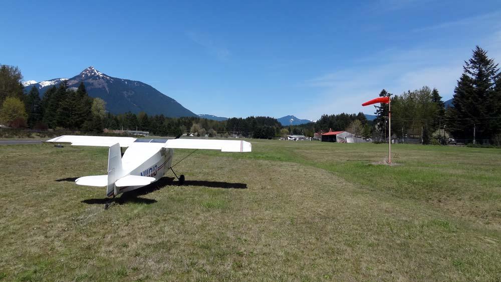 Packwood runway 01 windsock