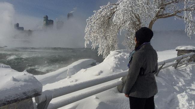 Niagara Falls beauty shot Wonderful_96891