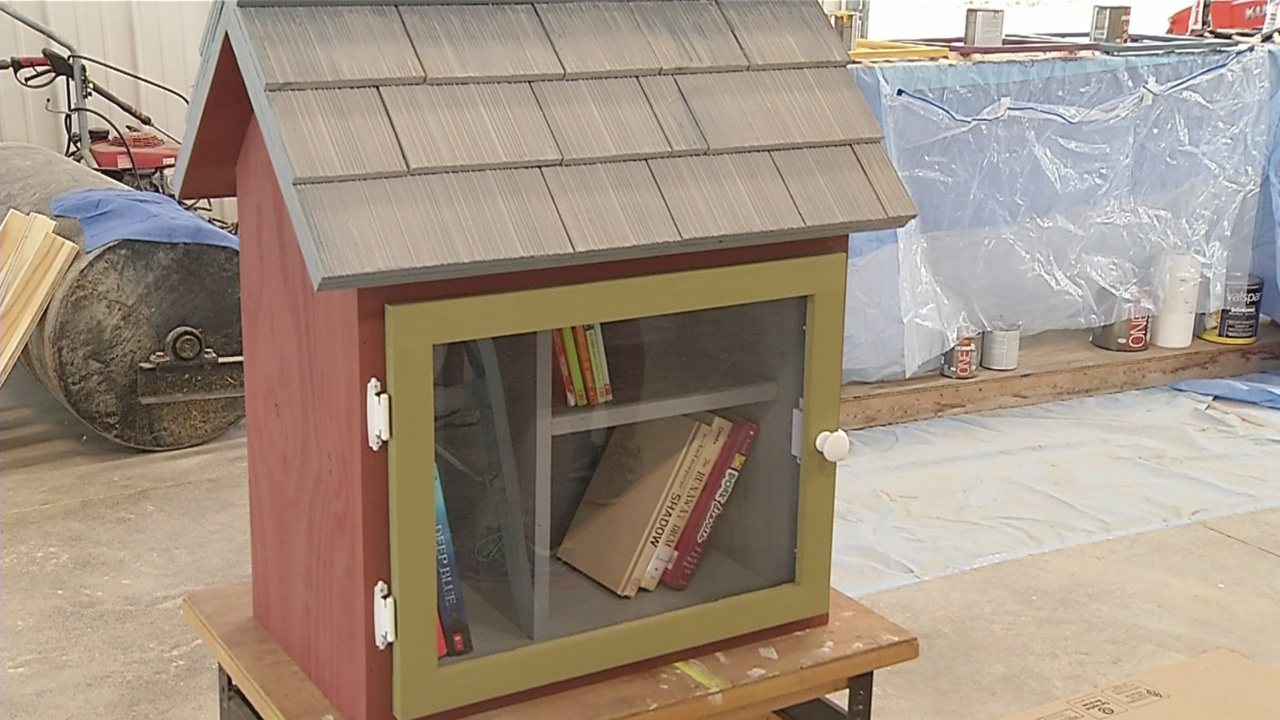 Little Free Library_303430