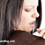 Causes and Natural Remedies for Dandruff