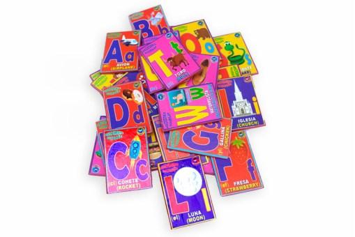 Tarjetas magnéticas de Abecedario bilingüe - Wiwi Didácticos de mayoreo