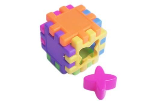 Cubo didáctico de ensamble y ensarte - didácticos mayoreo