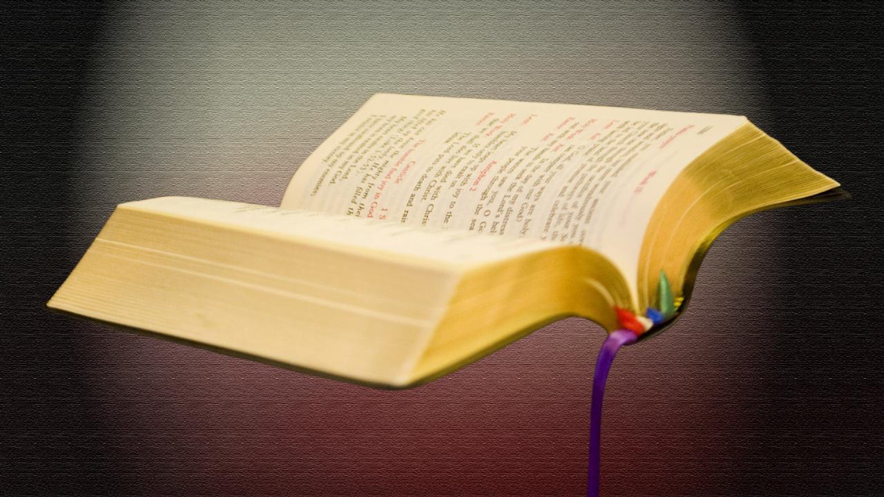 Bible-religion-Christian_135541
