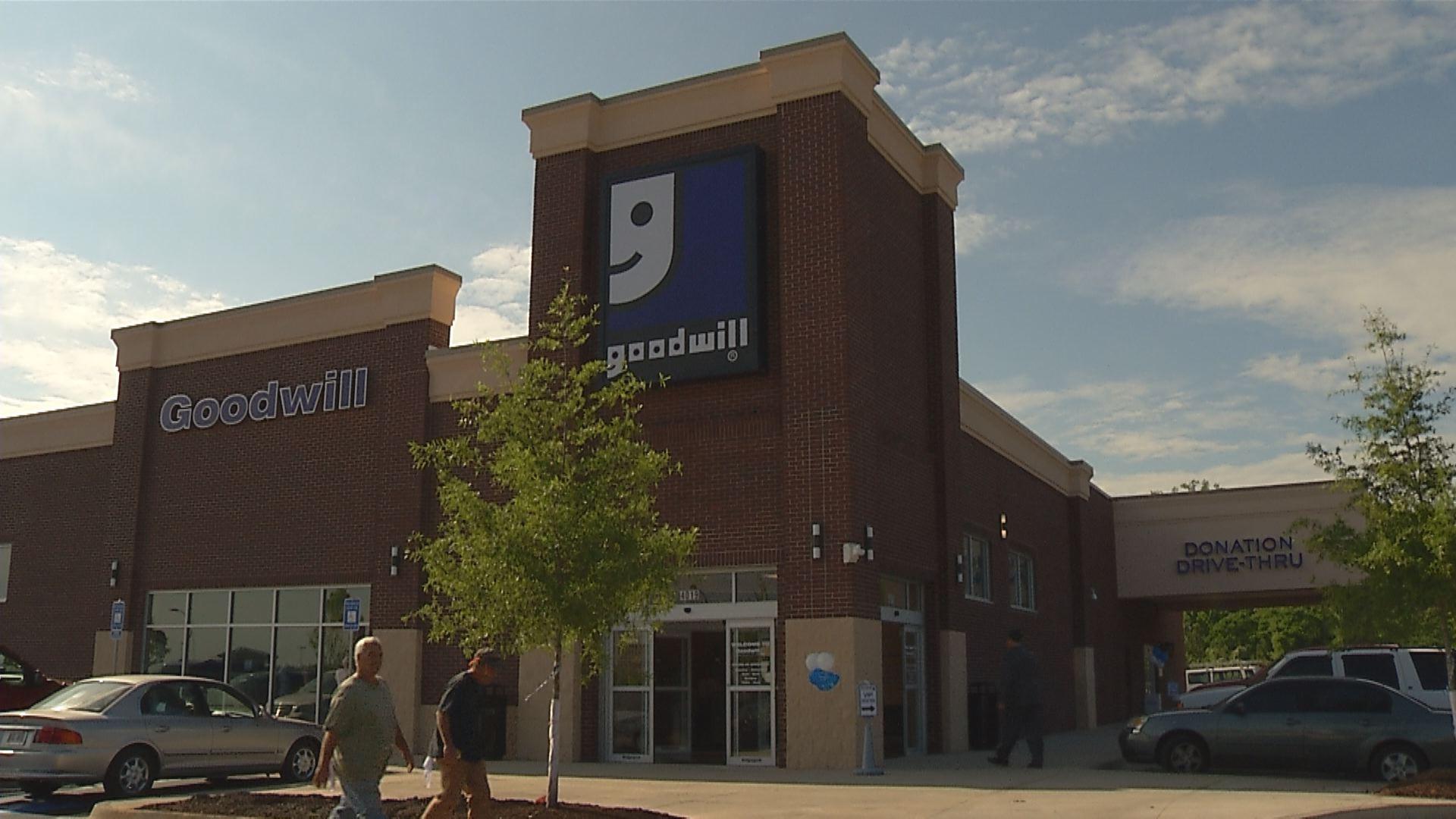 New Grovetown Goodwill Opens Up_146312