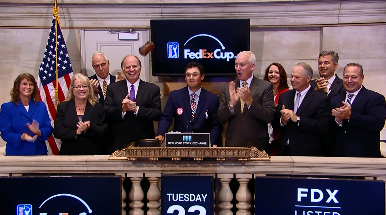 Patrick Reed breaks gavel at New York Stock Exchange - August 23, 2016_173140