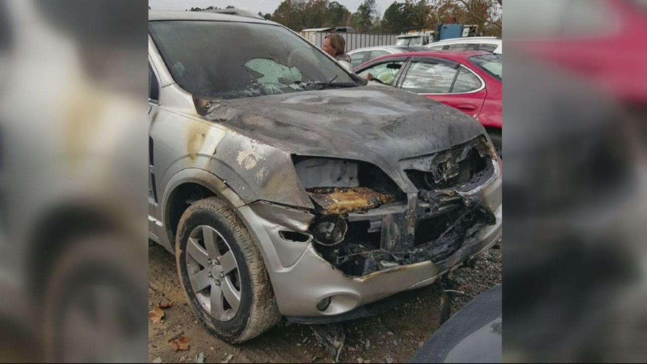 Car Catches Fire Weeks After Purchase_181969