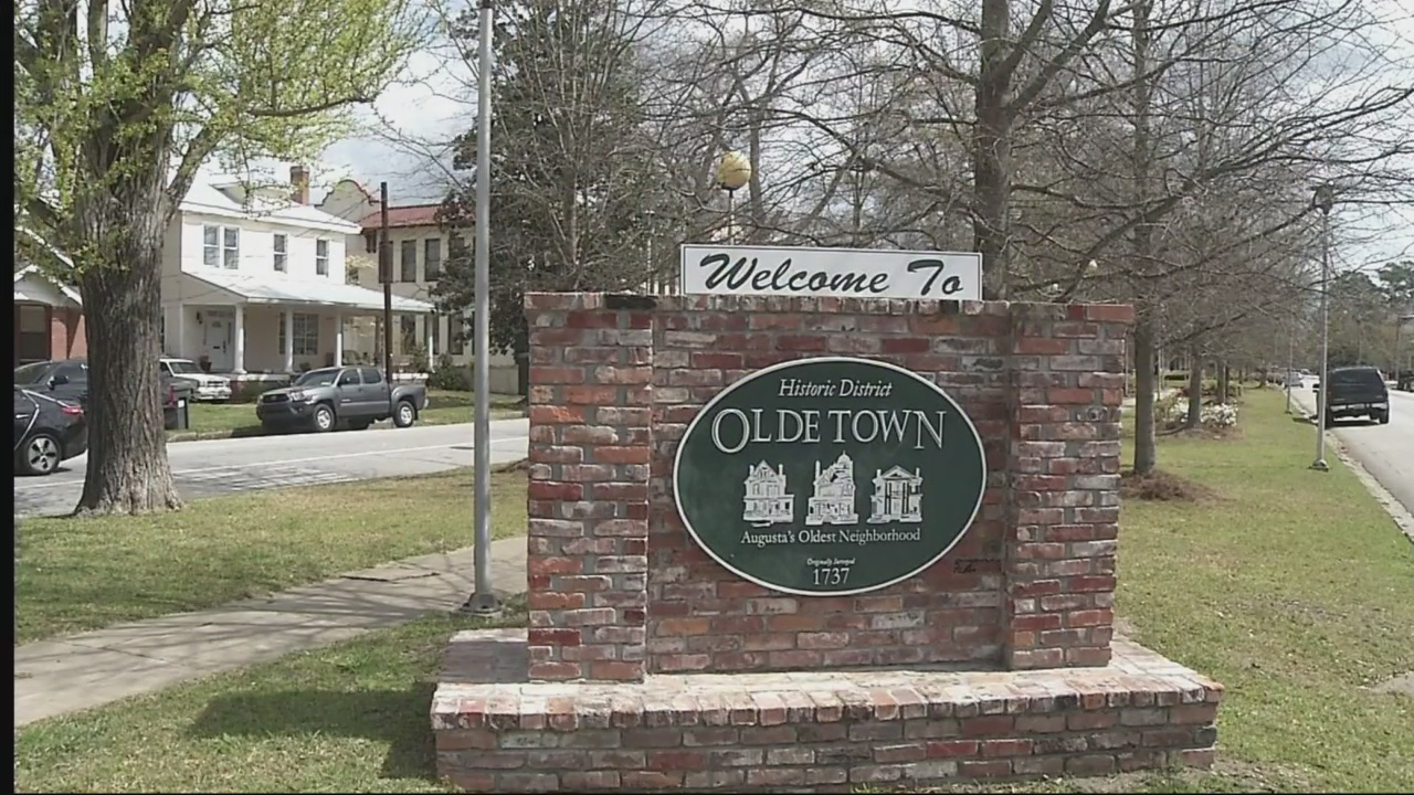 Olde Town_232917